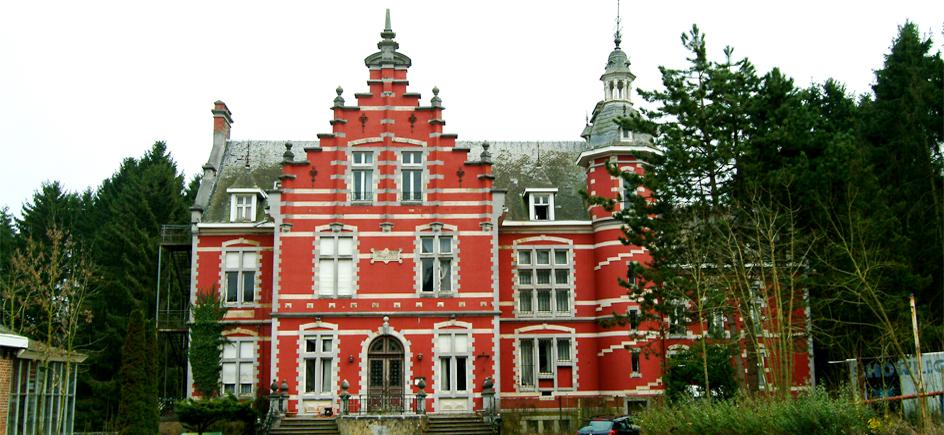http://kosturedesign.nl/renovatie-chateau-la-motte-huy/